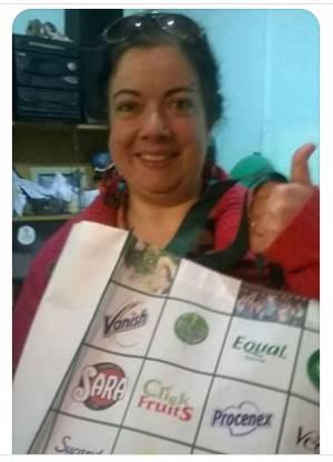 ¡Gracias Alicia por enviarnos tu foto con el premio!